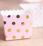 Snacks/gåvobox- rosa med guldprickar 6 st